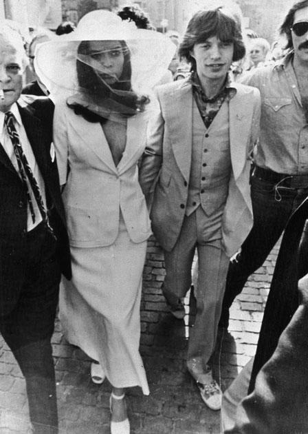 Mick e Bianca Jagger il giorno del matrimonio
