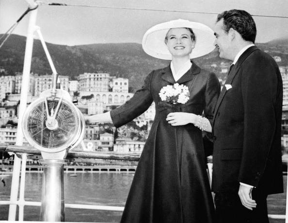 Grace Kelly arriva a Monaco 1956