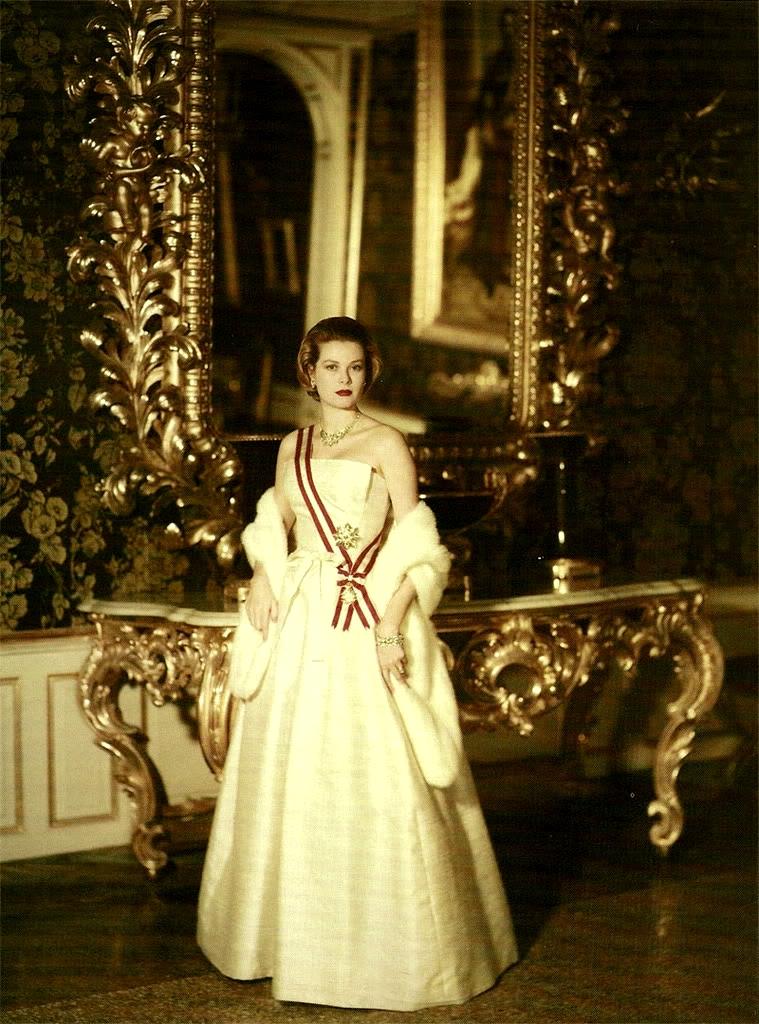 Grace Kelly foto ufficiale da principessa
