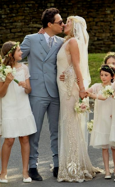 Vestito Da Sposa Kate Moss.Le Nozze Vintage E Rock Di Kate Moss
