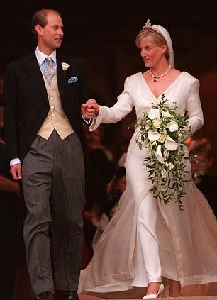 Sophie Rhys-Jones e Prince Edward sposi 1999