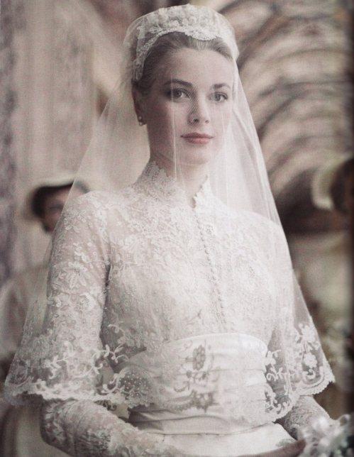 Grace Kelli sposa - Foto da juliapgelardi.wordpress.com
