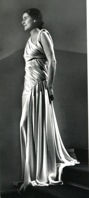 "Abito Madaleine Vionnet 1935 - Foto da libro ""The Dress"""