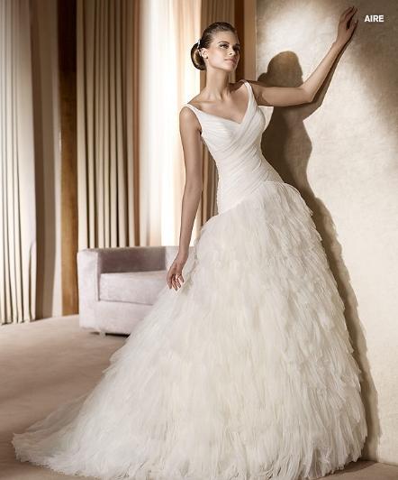 Pronovias abito da sposa Aire da collezione The Dreams 2011