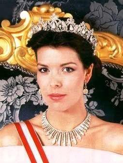 Caroline di Monaco sul trono da allstarspic.net