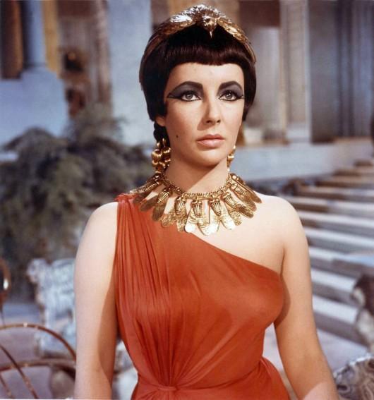Liz Taylor in Cleopatra 1963