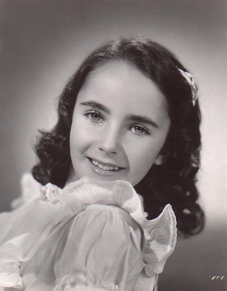 Elizabeth Taylor nel 1941