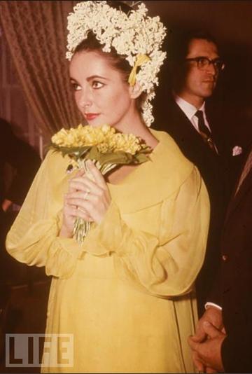 Liz Taylor nozze con Richard Burton - Foto da Life