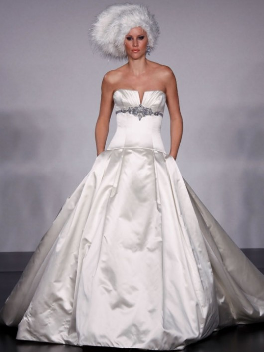 abito da sposa Priscilla of Boston Platinum prezzo 4.375 dollari