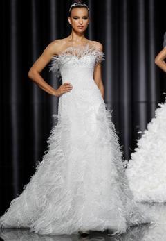 Pronovias abito da sposa Eneida Collezione Manuel Mota 2012