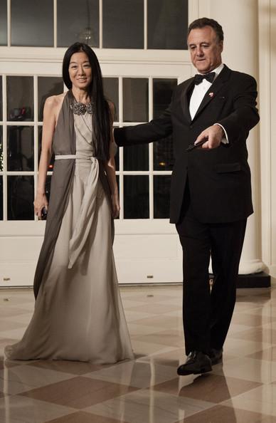 Vera Wang con il marito Arthur Becker alla Casa Bianca - Foto by Brendan Smialowski/Getty Images