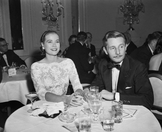 Grace Kelly ad un party con Oleg Cassini a New York nel 1954 - Image by © Bettmann/CORBIS