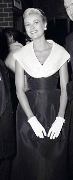 Grace Kelly alla premiere del film La Finestra sul Cortile 1954