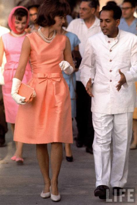 Jackie Kennedy in Oleg Cassini - Foto Life