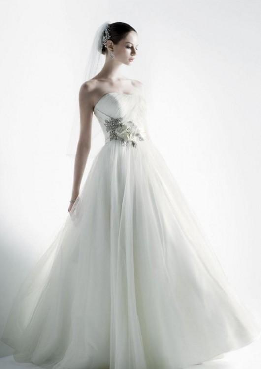 Abito da sposa Oleg Cassini per David'd Bridal