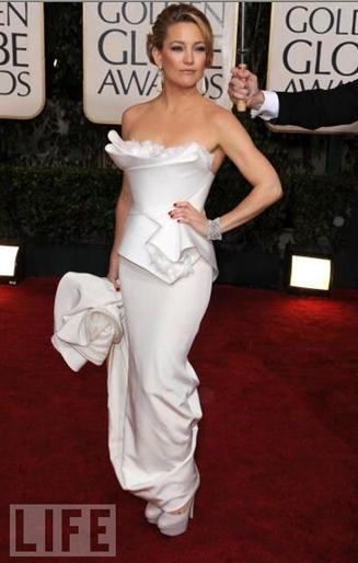 Kate Hudson in Marchesa ai Golden Globe 2010 - Foto Life