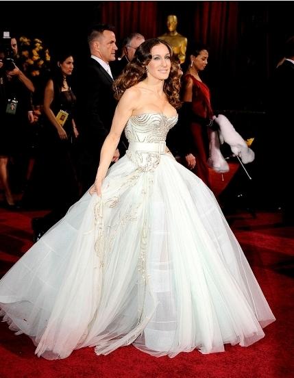 Gli abiti da sposa più belli agli Oscar – The Dress