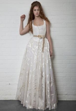 Vivienne Westwood Cinderella Dress: corsetto in Grosgrain avorio con gonna in organza in seta Jacquard