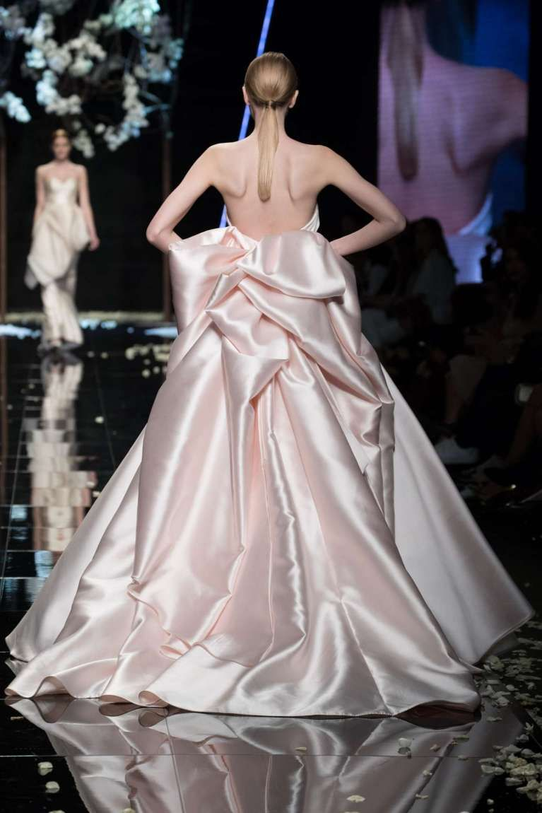 Abito da sposa rosa Antonio Riva 2019 Petals Collection