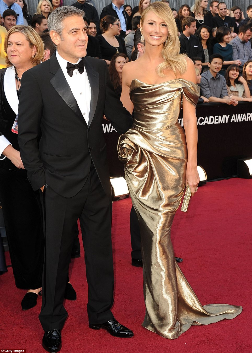 George Clooney in Armani e Stacy Keiber in Marchesa agli Oscar 2012  - Foto Getty