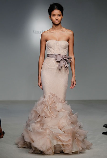 Holly di Vera Wang Sping 2012