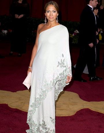 Jennifer Lopez in Valentino agli Oscar 2004