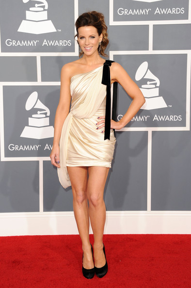 Kate Beckinsale ai Grammy 2012