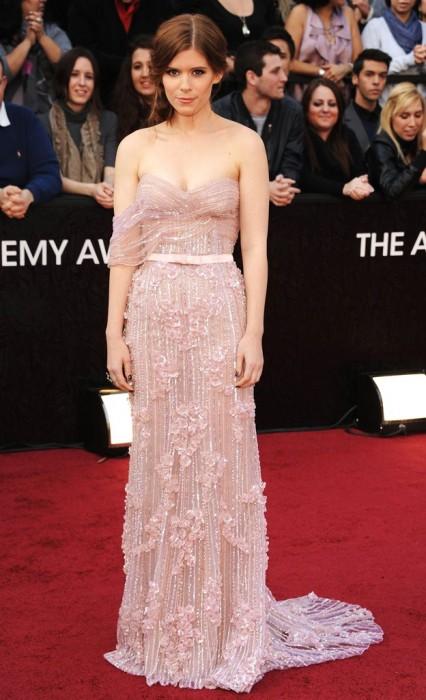 Kate Mara in Elie Saab agli Oscar 2012 - Foto By Kevin Mazur-Wireimage