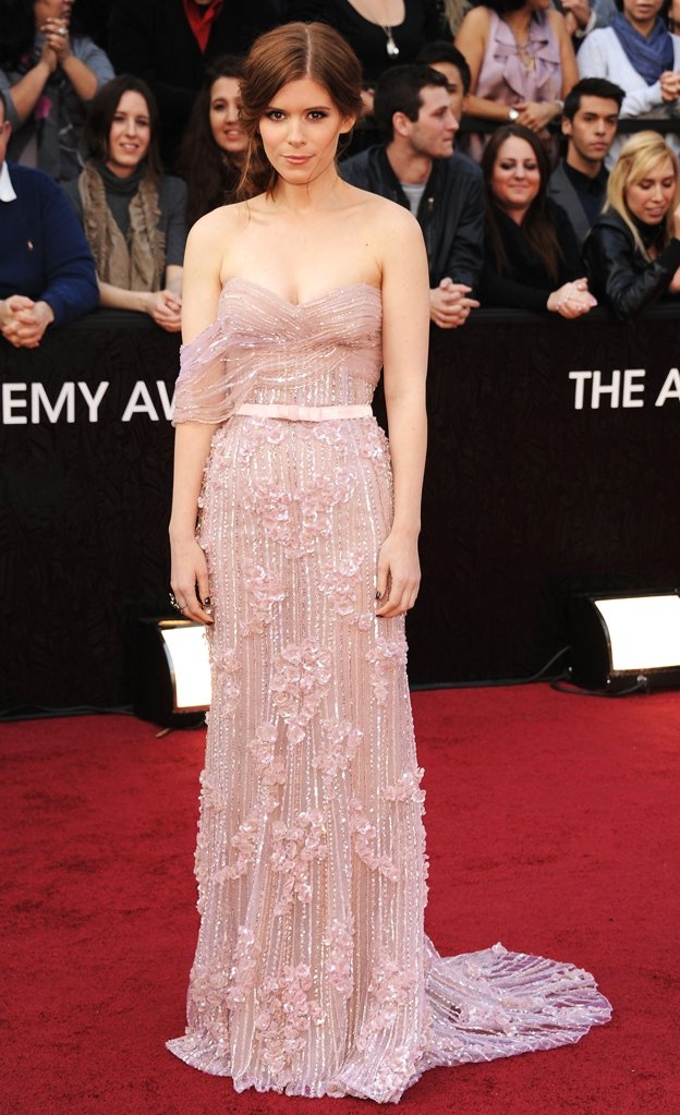 Kate Mara in Elie Saab agli Oscar 2012 - Foto By Kevin Mazur-Wireimage