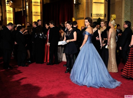 Penelope-Cruz-at-the-2012-Oscars da celebuzz