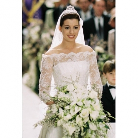 Anne Hathaway in The Princess Diaries 2 - 2004