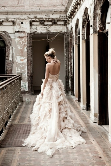 abito da sposa Waltz  Platinum Collection Spring 2012 by Monique Lhuillier prezzo UK 12.600 sterline