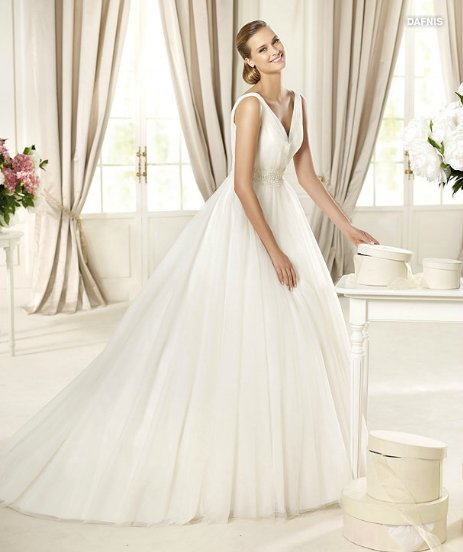 Prezzi Vestiti Da Sposa.Dafnis Coll Glamour Pronovias 2013 The Dress