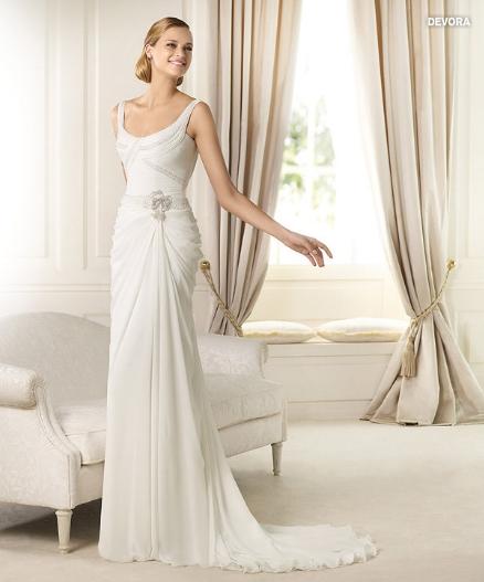 Devora, collezione Fashion, abito da sposa Pronovias 2013