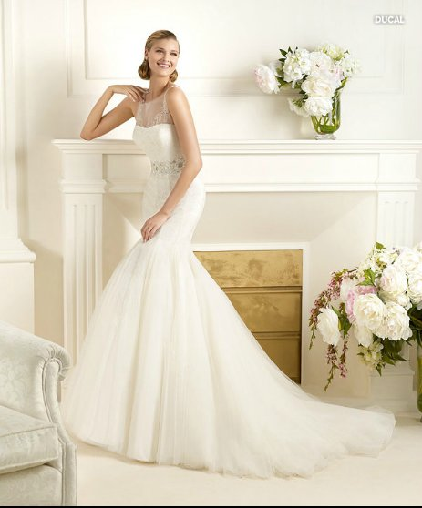 Ducal, Glamour, abito da sposa Pronovias 2013