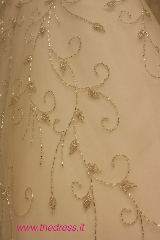 Disco, collezione Glamour, Abito da sposa Pronovias 2013