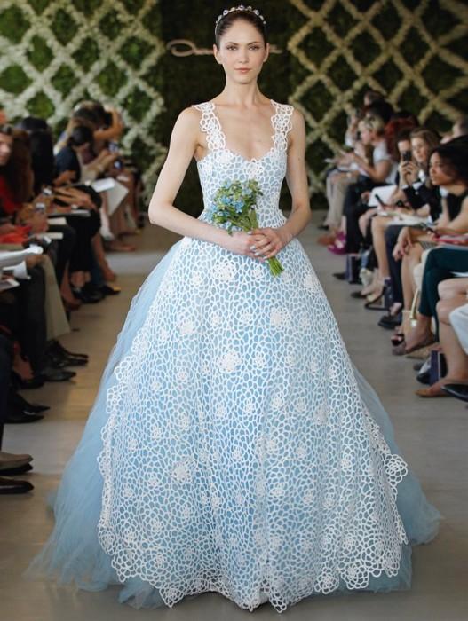 abito da sposa Oscar de la Renta 2013 prezzo USA 6.990 dollari - Foto Oscar de la Renta