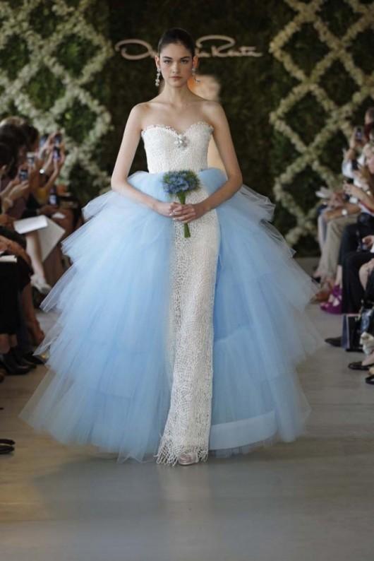abito da sposa Oscar de la Renta Primavera 2013 prezzo USA 7.590 e gonna tulle prezzo 1.890 dollari