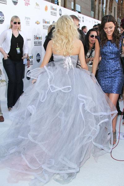 Carrie Underwood in Oscar de la Renta Billboard Music Awards 2012