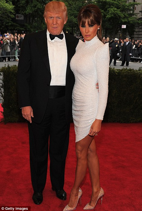 Donald Trump e Melanie Trump at Met Ball 2012 - Getty