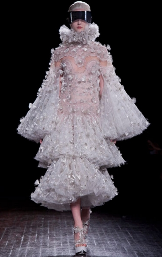 Alexander Mc Queen RTW Fall/Winter 2012