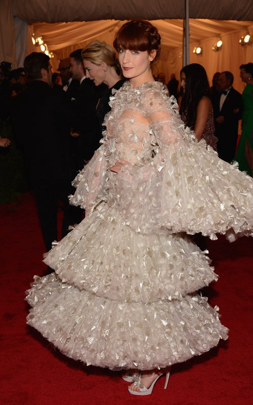 Florence Welch in Alexander McQueen at Met Ball 2012 - Foto Getty