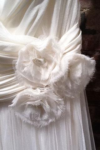 abito da sposa Lily Rose, Jenny Packham Spring 2013, foto da brideandchic.co.uk