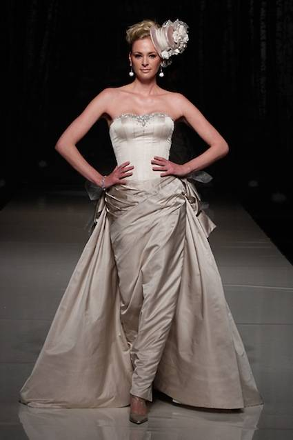 abito da sposa Bloemfontein Supernova Ian Stuart 2013 Collection Photo White Gallery