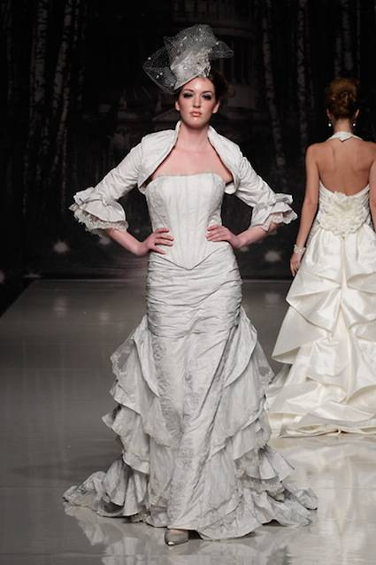 abito da sposa Claridges Supernova Ian Stuart 2013 Collection Photo White Gallery