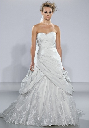 abito da sposa Montrose Ian Stuart 2013 Supernova Collection Foto Marthastewartweddings