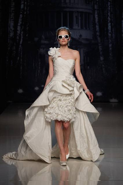 abito da sposa Palm Springs Supernova Ian Stuart 2013 Collection White Gallery