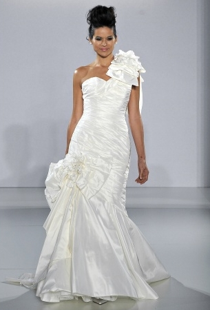 abito da spos Passion Flower Ian Stuart 2013 Supernova Collection Foto Marthastewartweddings