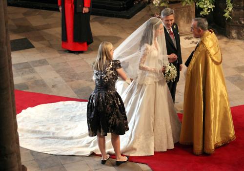 Scarpe Da Sposa Kate Middleton.Abito Da Sposa Di Kate Middleton
