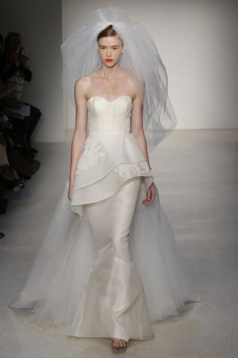 abito da sposa Chrysler Amsale 2013 Photo wwd.com